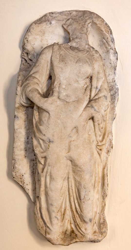 Statua Femminile Fondazione Accorsi Ometto